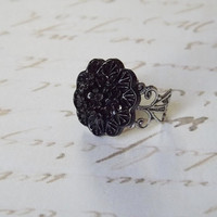 Black  flower, antique silver adjustable ring