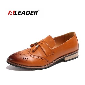 Men's Classic Dress Shoes Slip On New Fashion Leather Tassel Men Shoes Loafers Casual Oxfords