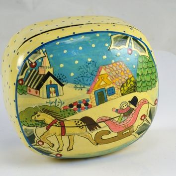 Trinket Box - Paper Mache - Horse Sleigh Winter Scene - Vintage India Domed Lid Box