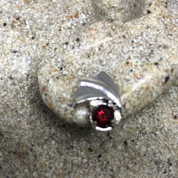 Vintage Handmade 925 Sterling Silver Bohemian Garnet stud Earrings