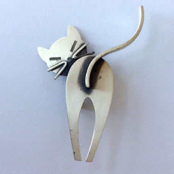 Beau Sterling Cat Pin / Modernist Brooch / Cat Brooch / Sterling Silver Cat Pin / Mid Century Modern Cat Brooch / Figural Pin / Kitty Pin
