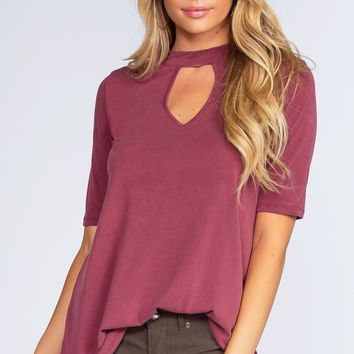 Shelby Keyhole Top - Burgundy