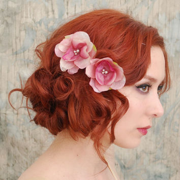 Flower bobby pins, pink floral clip set, bridal hair pins, bridesmaid hair accessories - First blush