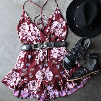 reverse - girl crush romper in burgundy floral