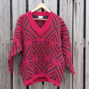 Vintage 1980s Women's Pink Sweater - By Benneton - Geometric - Made in ITALY - SZ 46 or L