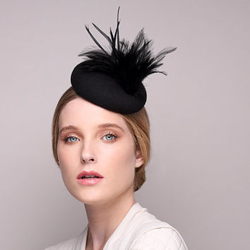 Melbourne Cup Black Fascinator with Feather, Cocktail hat, Derby Hat, Couture Hat, Black Hats, Free Shipping
