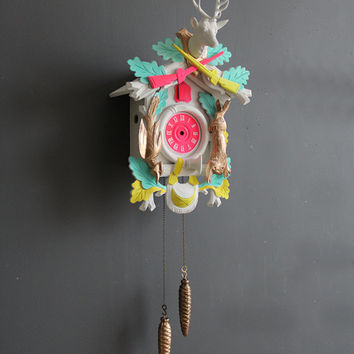 Neon Pink & Gold Cuckoo Clock. Working Condition