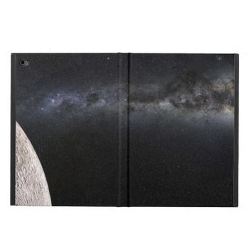 Moon and Galaxy. Powis iPad Air 2 Case