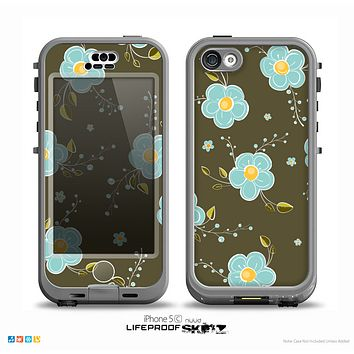 The Green and Subtle Blue Floral Pattern Skin for the iPhone 5c nüüd LifeProof Case