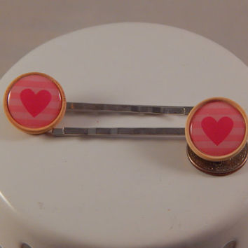 Valentines Day Heart Bobbypins simple cabs in wood settings, metal hair pins, party favor, wedding accessory, flower girl, package tie on