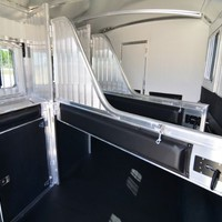 Horse Trailers Houston Texas | 3 HORSE W/10' PROLINE LIVING QUARTERS W/BUNK ABOVE SOFA | GC 4 Star
