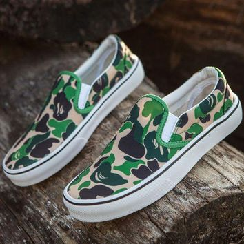 ONETOW BAPE x Vans Old Skool Custom Dark Camo Green Camouflage Mid Sneakers Convas Casual Shoes
