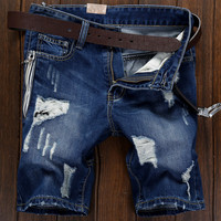 short jeans homme The 2016 Summer Metrosexual jeans pants male and straight holes in jeans of men's pants five one generation