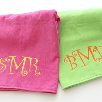 Initial Monogram Beach Towels Beach Vacation, , Spring Break, Graduation, Bridesmaids Wedding Party Gifts,Personalized Christmas Gift