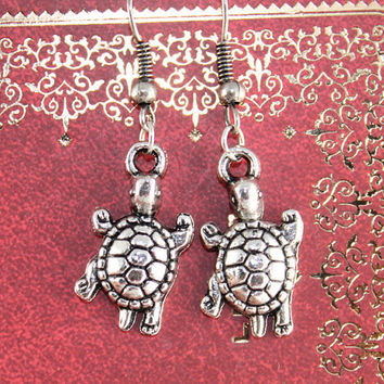Turtlein silver EARRING by BeautyandLuck on Etsy