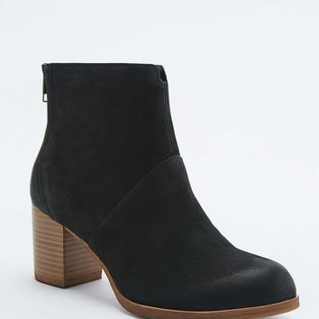 Vagabond Anna Black Heel Zip Boots - Urban Outfitters