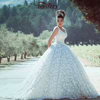 Luxury Ball Gown Wedding Dresses 2017 Princess Style V-Neck Sleeveless Bridal Gowns Vestido De Noiva High Quality Wedding Gowns