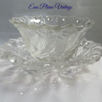 Indiana Glass Wild Rose Leaves Berries Pattern Fruit Glass Dessert Dish Cocktail Bowl Two