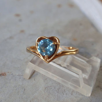 Ladies Blue Spinel 10k Ring yellow gold solitaire round heart December birthstone topaz