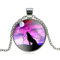 Fashion Wolf Moon Pendant Necklace