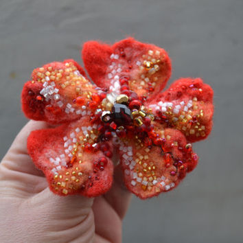 Red Wool Felt Flower Pin Brooch,Fire Red Floral Corsage Pin,Felt Brooch,Felted Gift Idea,Handmade Art Pin,Embroidered Flower,Red Felt Flower