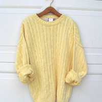 90s light yellow oversized sweater. cable knit sweater. XL