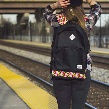 Maryland Flag Outline (Black) / Book Bag
