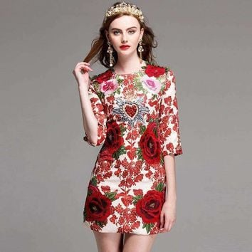 2018 New Spring Fashion European Flowers Embroidery Beading Cute Mini Dress High Quality Half Sleeve Slim Dress