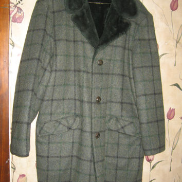 1950s GRAY green Wool plaid Faux Fur Collar and lined Car Coat Mad Men Rat Pack Vintage Menswear Sz 40 towncraft plus
