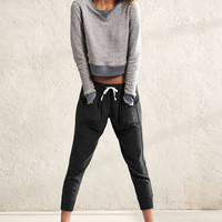 Crop Jogger - A Kiss of Cashmere - Victoria's Secret
