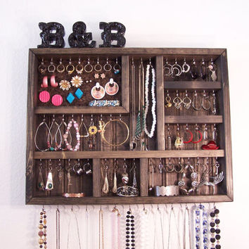 Dorm Room Jewelry Organizer