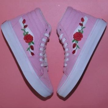 VANS New Rose Embroidered Pink High Top Skate Shoes Canvas Shoes F0375-1