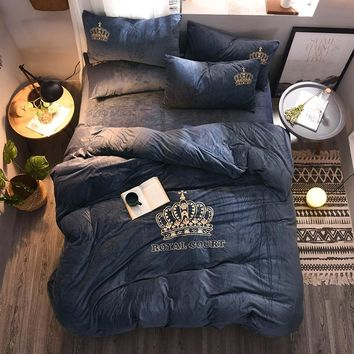 4pcs Crystal Flannel The crown Bedding set Winter Warm Fleece golden embroidery Duvet cover set Bed Sheet Queen King size