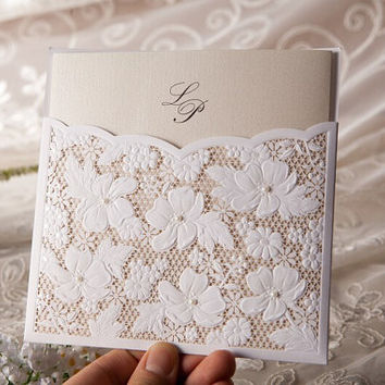 Amazing Lace Floral Wedding Invitations Cards in White Pierced Laser Cut Flower Vine Paper Crafts Elegant square 50 pieces lot wholesale