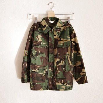 SALE 20% OFF - 90s Rare KIDS Military Camo Moro Insulated Jacket Unisex Boys Girls