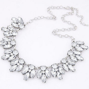 Star Jewelry Sale 2015 New Arrival Vintage Jewelry Crystal Flower Chokers Necklace Necklaces & Pendants  Woman Gift NJ-022