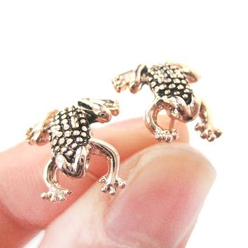 Detailed Frog Toad Shaped Animal Themed Stud Earrings in Rose Gold | DOTOLY