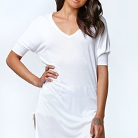 Kendall & Kylie High Side Slit V-Neck Tunic Top - Womens Tee - White