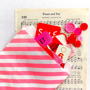 Pink Striped Paper Bags / Party Favor / Lot of 5 / Valentine's Day
