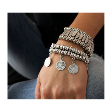 2016 new Party Hippy Boho Pop Dangle Antique Silver Plated Coin Chunky Bohemia Carved Coin Bracelets Bangle