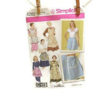 NIP Simplicity Retro Aprons Pattern | Six Retro Apron Styles In One Pattern Packet