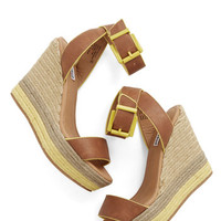 ModCloth Platform and Function Wedge