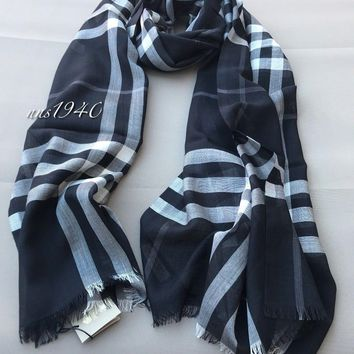 Burberry Check Scarf Lightweight Wool / Silk / Black NWT!