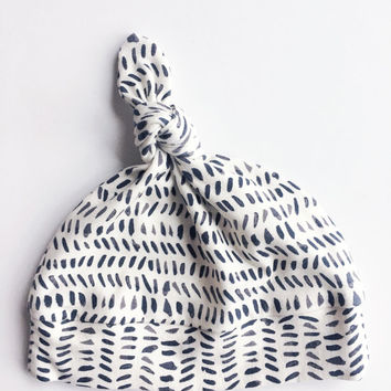 Charcoal and Cream stripe Knot Hat / Knotted Baby Hat / Gender Neutral Hat/ Modern Baby Hat / Knot Baby hat / Macie and Me