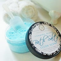 Foaming Bubble Bath Salts - Blend of Sea, Epsom, Foaming Salts, Aloe Vera, Vitamins, Plant Extracts & 6 Natural Oils (8 oz)
