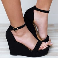 World's A Stage Wedge Heels - Black