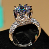 Fashion Jewelry Solitaire Luxury Silver Big White Topaz Simulated Diamond Wedding Band Crown Ring