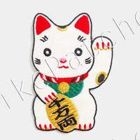 Japanese Lucky Cat Sign New Sew / Iron On Patch Embroidered Applique Size 5.9cm.x9cm.