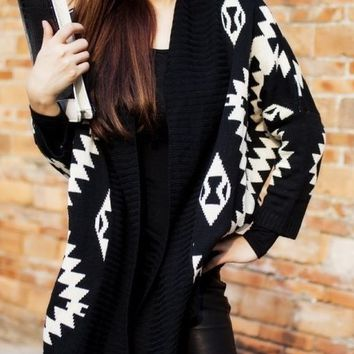 Geometric Patterned Cardigan - Black