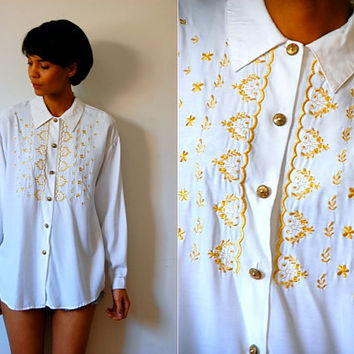 Vtg Gold Floral Stitched Button Down White LS Shirt